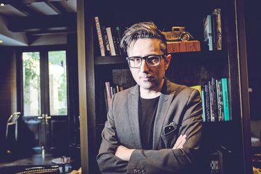 """Patricio Pron: """"Me gusta que la literatura sea menos falocéntrica que cuando comencé"""""""