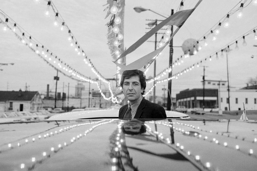 Leonard-Cohen-1