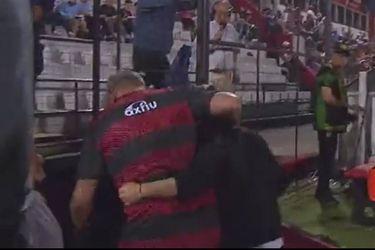 Sebastián Beccacece fue agredido por el técnico rival en el partido entre Patronato y Defensa y Justicia.