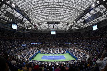 El tenis saca al vacío