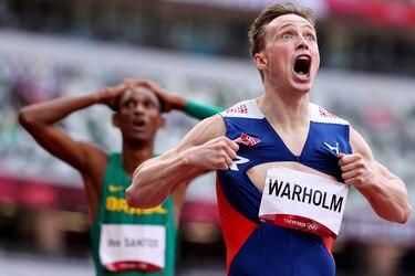 En una carrera épica, Warholm bate por casi un segundo el récord mundial de los 400 metros vallas