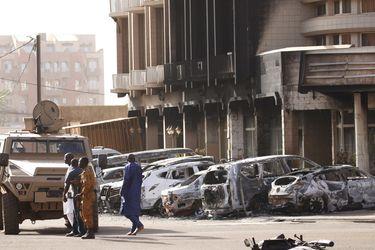 Seis muertos en ataque contra iglesia en Burkina Faso