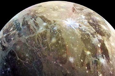 Sonda Juno alista en Júpiter su más fascinante misión: volará a solo mil km de Ganímedes, la luna más grande del Sistema Solar