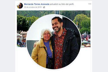 Colapsaron el Facebook de la tía de Ruminot con solicitudes de amistad
