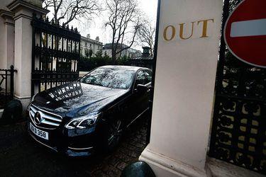 Diplomáticos rusos expulsados abandonan embajada de Londres