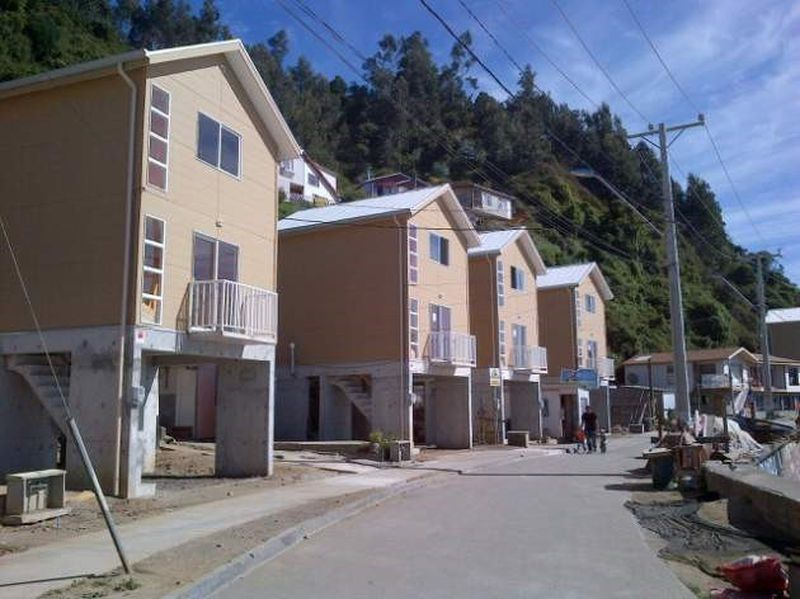 Viviendas con palafitos en Talcahuano.