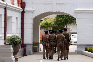 Iglesias y colegios de Sri Lanka continúan cerrados a dos semanas de los atentados
