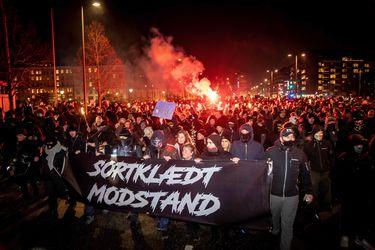 De Dinamarca a Líbano: Las protestas contra las restricciones por el Covid-19 se extienden por el mundo