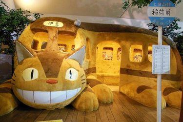 ghibli-museum-cat-bus-e1488206764494 (1)