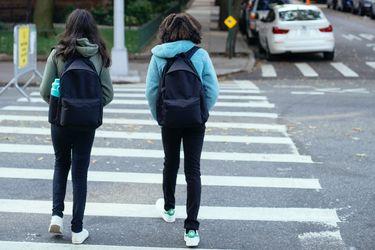 Mochilas y niños: consejos para cuidar sus espaldas