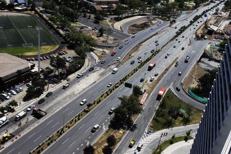 La ministra de Obras Públicas habilita el tránsito en los nuevos puentes caleteros de Avenida Kennedy