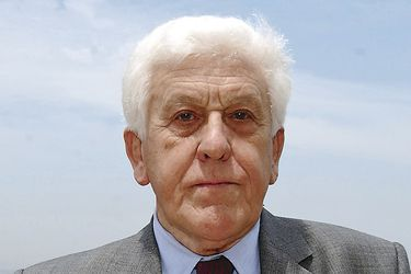 Muere Juan de Dios Vial Larraín, filósofo y ex rector designado por Pinochet
