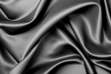 Los beneficios de la seda para la piel y el cabello