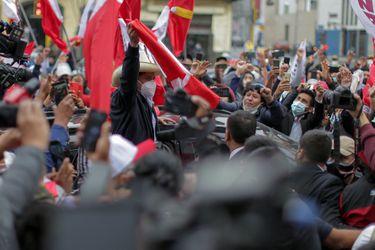 La Bolsa de Santiago rebota mientras que los mercados peruanos se tranquilizan tras la frenética jornada de ayer