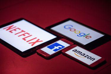 Ipsa se desacopla de la tendencia global y cierra en rojo, mientras Wall Street repunta tras recuperación de acciones tecnológicas