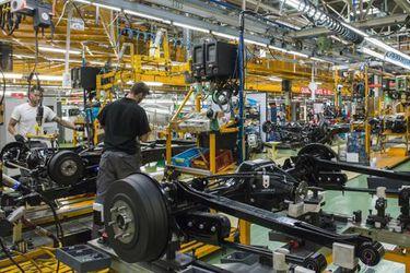 Nissan anota mayor pérdida en dos décadas y reorganizará su negocio