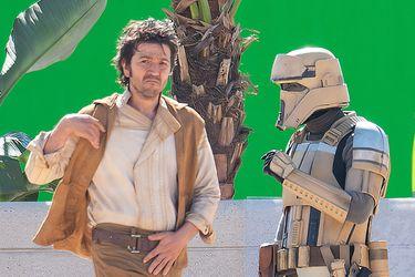 Diego Luna aparece como Cassian Andor en nuevas fotos del set de la próxima serie de Star Wars