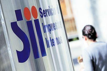 El alto costo de litigar contra el SII: juicios duran en promedio 35 meses y se paga hasta 52,5% en interés si se pierde