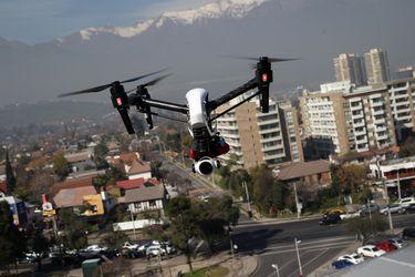 Derribar un dron: Las nuevas dudas que vuelan con el alza de aeronaves no tripuladas