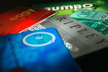 El informe del excoordinador macro de Hacienda, que encargó el Retail Financiero, contra la prohibición de descuentos asociados a tarjetas en proyecto pro consumidor