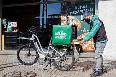 Papa John's Chile: Primera empresa de comida en compensar el 100% de las emisiones de carbono en su delivery