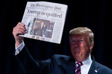 Trump celebra resultado del impeachment en su primera aparición pública tras ser exonerado