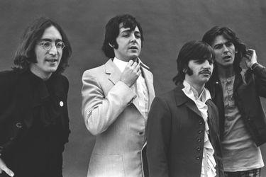 """The Beatles publican el making off del clip de """"Glass Onion"""""""