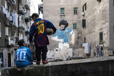 Nápoles, altar eterno de Maradona