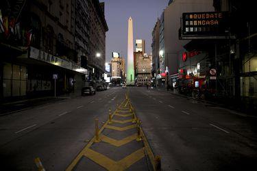 Argentina congela el valor de los créditos hipotecarios y alquileres hasta fines de septiembre