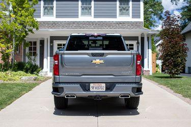El rumor se volvió real: Chevrolet confirma el portalón inteligente Multi-Flex para la Silverado 2021