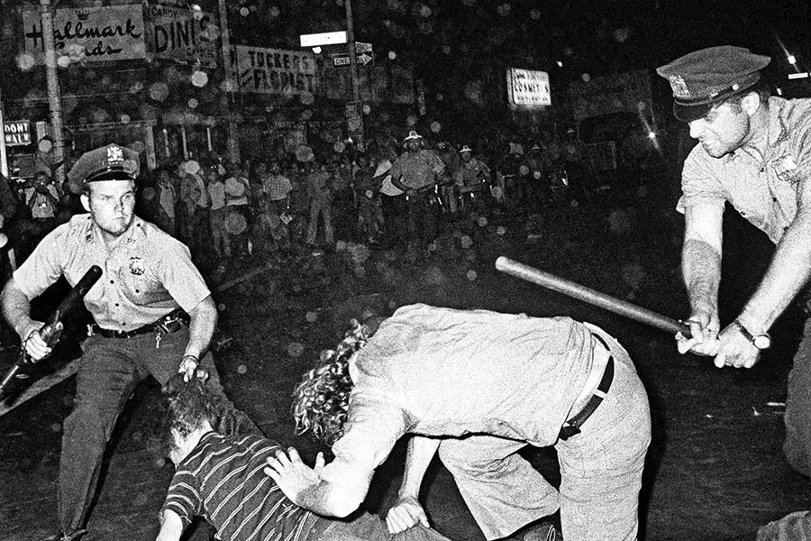 Stonewall-_at_50_Touchstones_16201.jpg-7ab1a