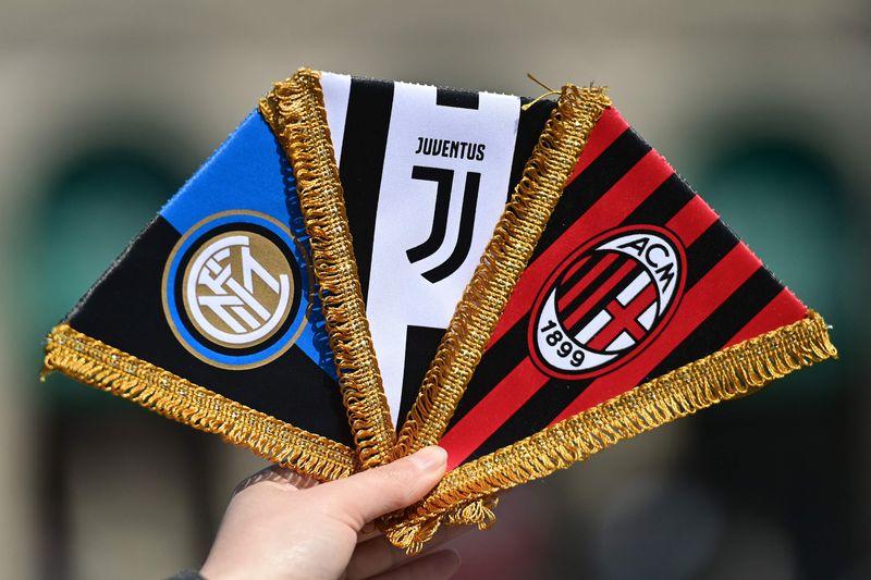 Inter y Milan se bajan de la Superliga ante la presión de los hinchas. La Juventus puso en duda la realización de la competencia.