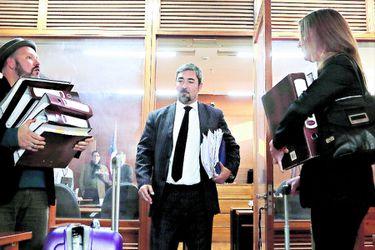 Ex abogado de Natalia Compagnon será formalizado por presentación de facturas falsas en juicio que enfrenta a Enjoy con un ex proveedor