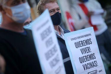 Brasil registra 3.305 nuevas muertes por coronavirus y total supera las 368.000 víctimas fatales