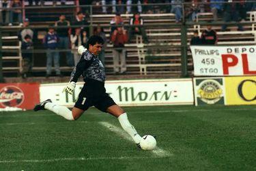 Fallece Carlos Morales, arquero de Palestino en los 90 y gloria del fútbol ecuatoriano
