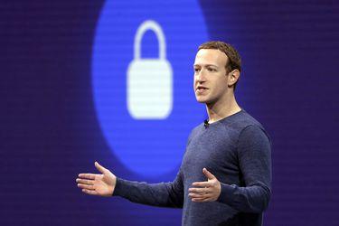 Hallan datos de 500 millones de usuarios de Facebook en sitio web para hackers