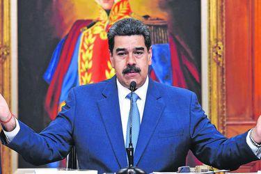 Maduro extiende confinamiento reforzado en Caracas y seis estados de Venezuela