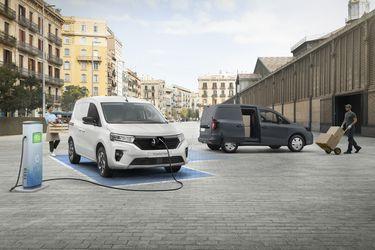 A combustión o eléctrico, pasajeros o cargo: Nissan introduce el furgón Townstar