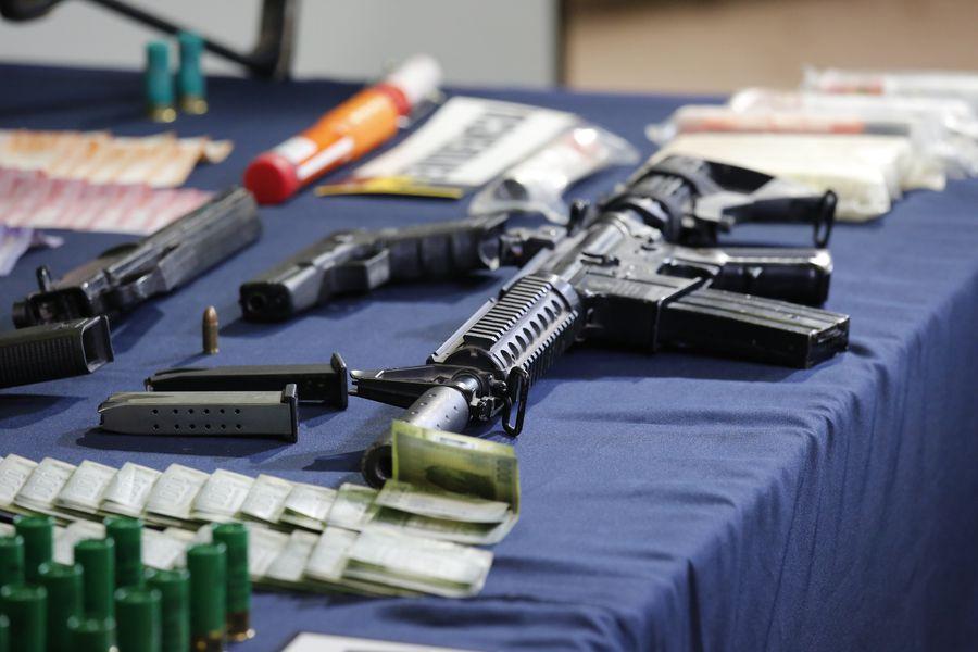 Ministro del Interior y Seguridad Pública entrega informacion sobre incautacion de Armas