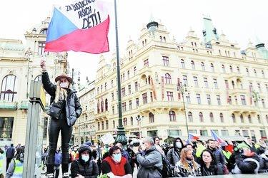 República Checa: las tasas de nuevos casos y muertes per cápita más altas de Europa