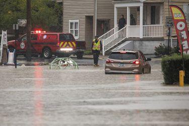 Operativos de rescate y calles inundadas: el paso de la tormenta Ida por el Noreste de EE.UU. en imágenes
