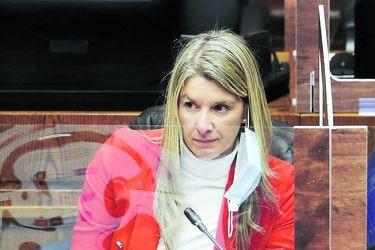 """Marcela Sabat, senadora de Renovación Nacional: """"La violencia está generando muchos vuelcos en el plebiscito"""""""