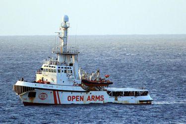 Open Arms: Gobierno español ofrece puerto más cercano en lugar de Algeciras