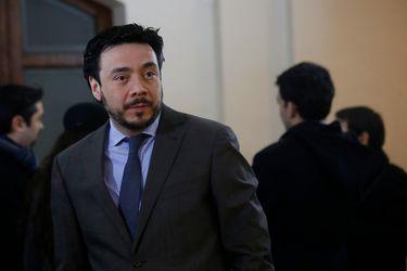 Defensa de fiscal Arias solicita suspender preparación de juicio y apela a la corte de Rancagua para trasladar causa a Santiago