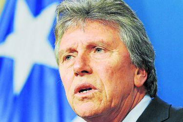 El ministro de Defensa Alberto Espina