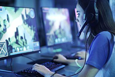 Mujeres y videojuegos en Chile: más de un 80% ha sufrido al menos un incidente de discriminación, acoso o abuso