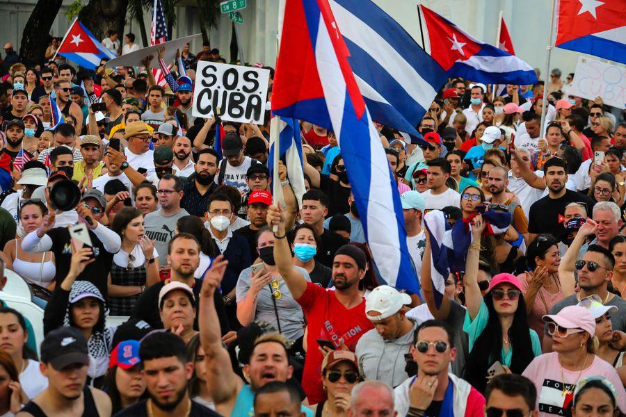 """Director de Human Rights Watch por protestas en Cuba: """"No hemos visto nunca algo similar"""" - La Tercera"""