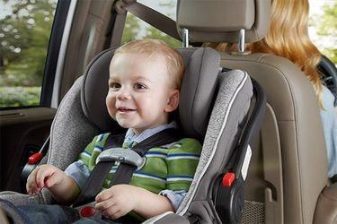 Fiestas Patrias con seguridad: ¿Cómo se usa la silla de niño en el auto?