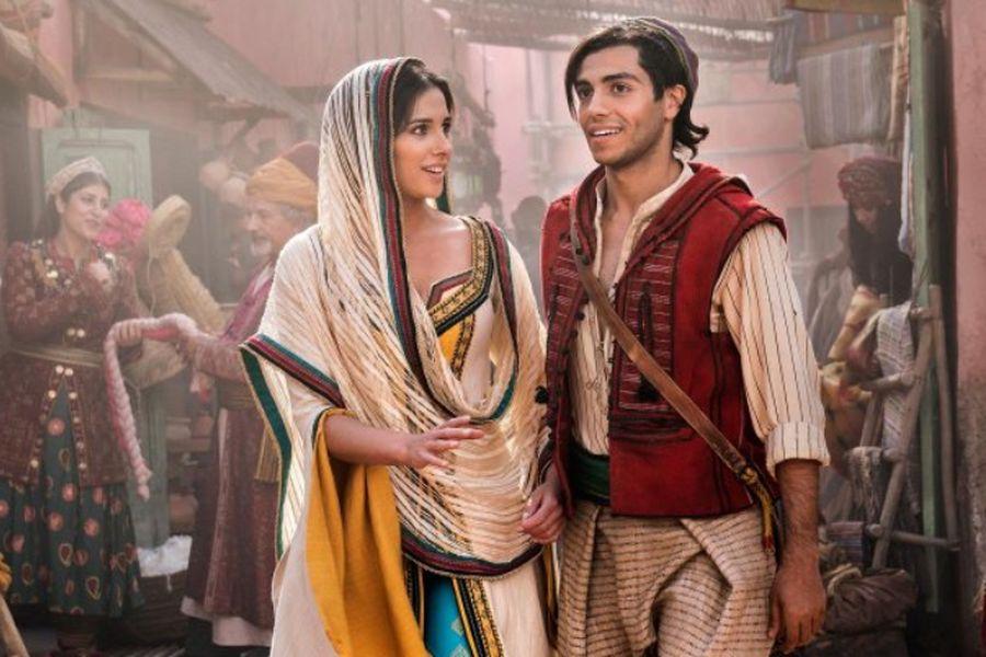 ALADDINNaomi Scott as Jasmine and Mena Massoud as Aladdin