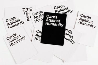 Cards Against Humanity respondió a las acusaciones sobre un ambiente racista y sexista en su oficina